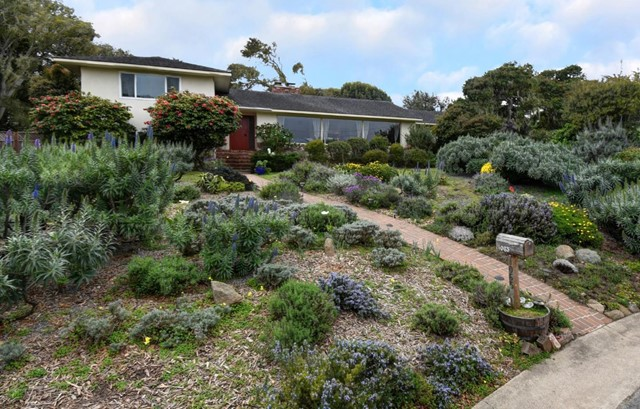 1065 Egan Avenue, Pacific Grove, CA 93950