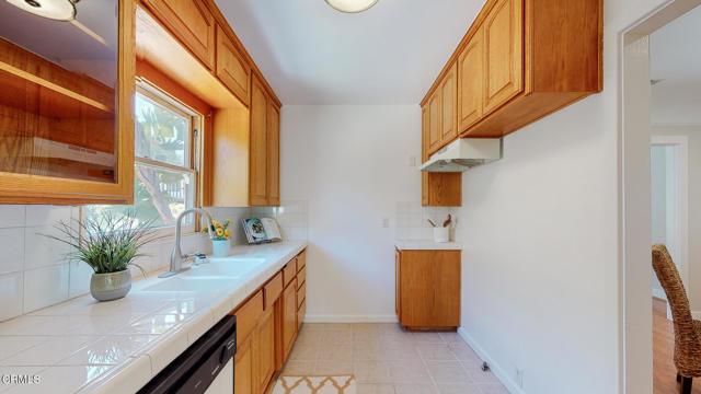 16. 3223 Grandeur Avenue Altadena, CA 91001