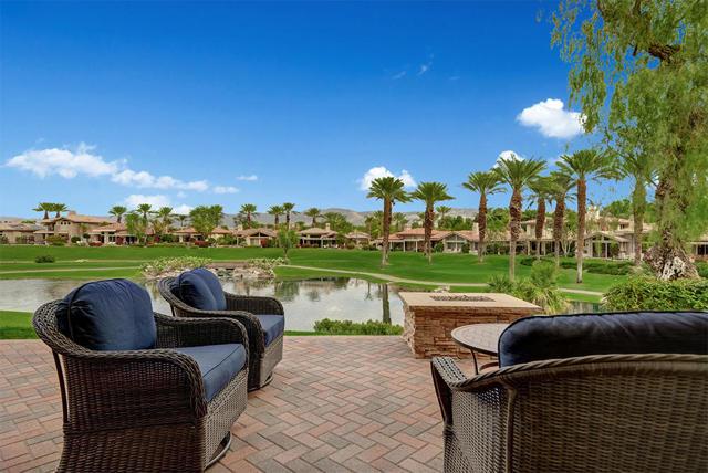 526 Desert Holly Drive, Palm Desert, CA 92211