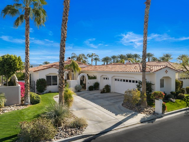 752 Mesa Grande Drive, Palm Desert, CA 92211