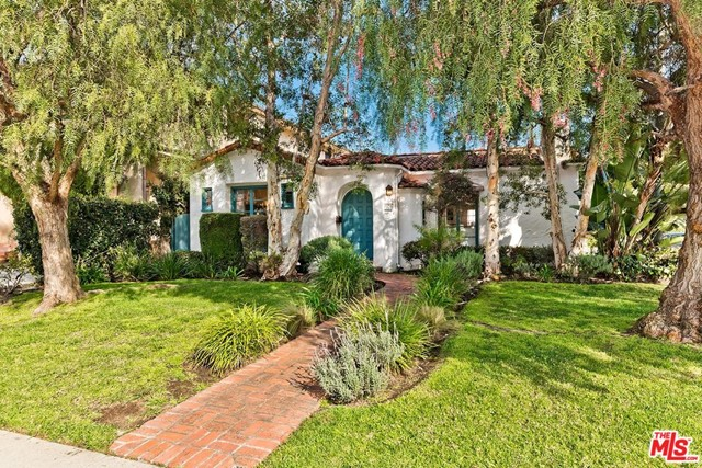 272 S SWALL Drive, Beverly Hills, CA 90211