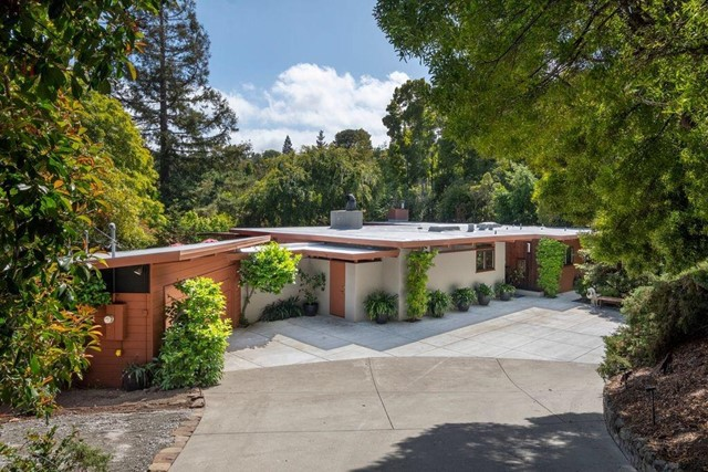 3875 Jefferson Avenue, Redwood City, CA 94062