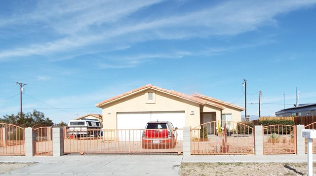 1360 Red Sea Avenue, Salton City, CA 92275