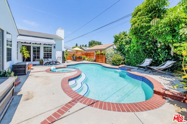 32. 5329 E Coralite Street Long Beach, CA 90808