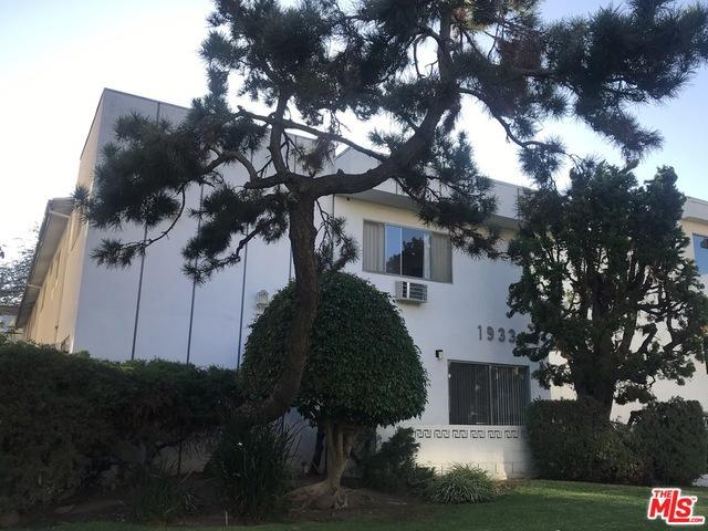 1933 W PELHAM Avenue, Los Angeles, CA 90025
