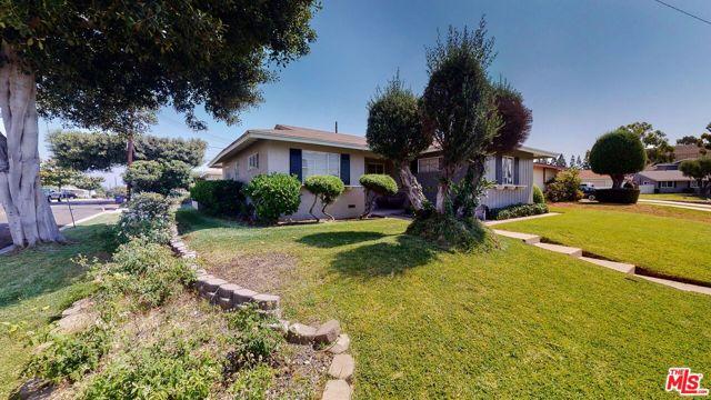 15003 Crestoak Drive, La Mirada, CA 90638