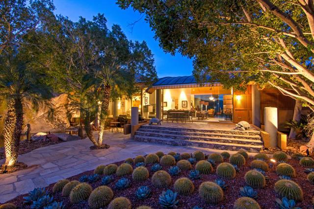 2401 Cahuilla Hills Drive, Palm Springs, CA 92264