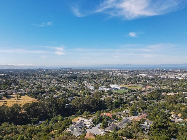 863 Viewridge Drive, San Mateo, CA 94403