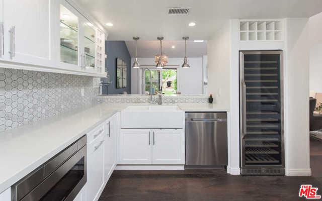 24 Grenada Court, Manhattan Beach, California 90266, 3 Bedrooms Bedrooms, ,3 BathroomsBathrooms,For Sale,Grenada,21682780