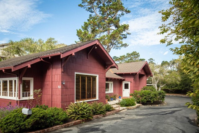 92 El Camino, Monterey, CA 93940