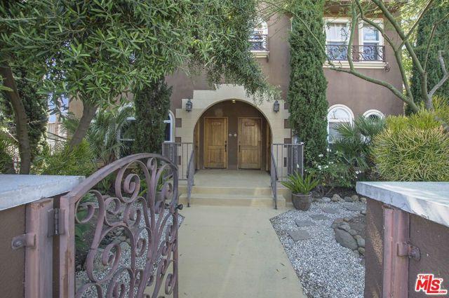 1371 S Cloverdale Avenue, Los Angeles, CA 90019