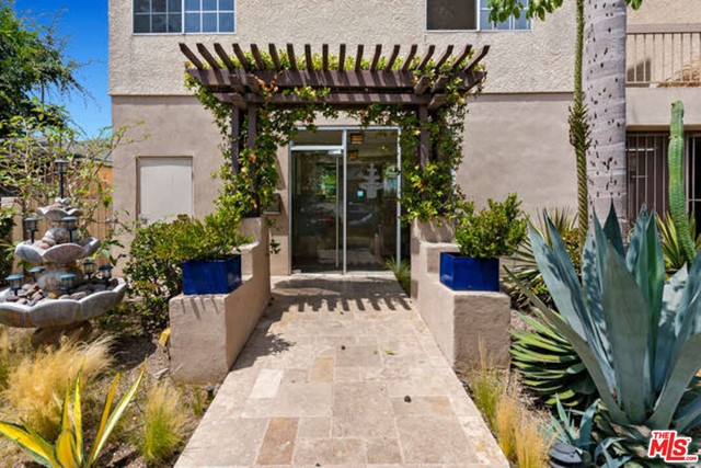 3. 2263 Fox Hills Drive #204 Los Angeles, CA 90064