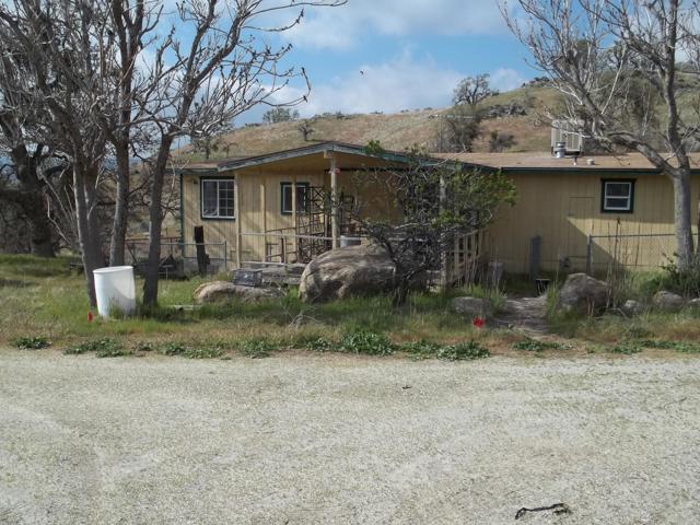 24575 Sarida Avenue, Tehachapi, CA 93561