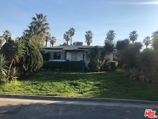 2450 Bunche Place, Riverside, CA 92507