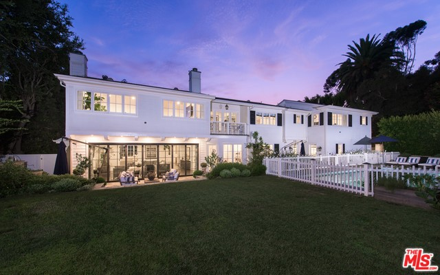 1824 OLD ORCHARD Road, Los Angeles, CA 90049