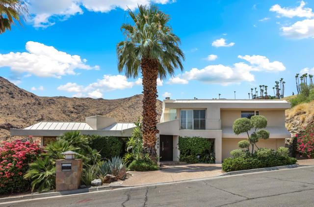 3295 Tiger Tail Ln, Palm Springs, CA 92264