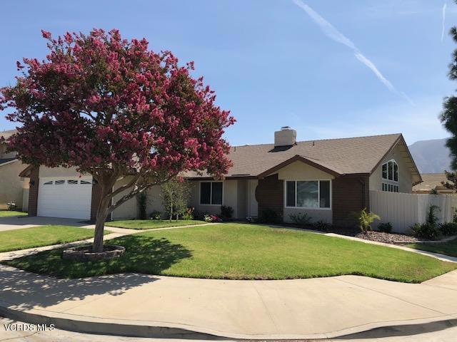 370 Spindlewood Avenue, Camarillo, CA 93012