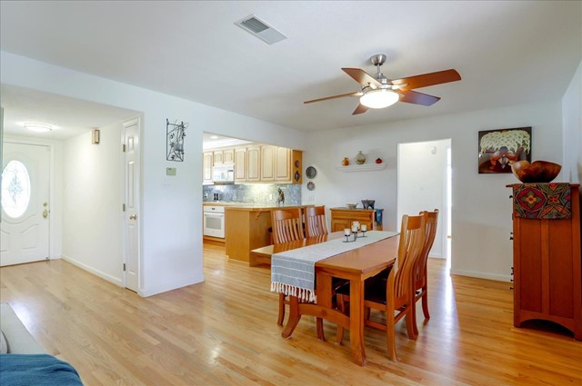 17. 4995 Wayland Avenue San Jose, CA 95118