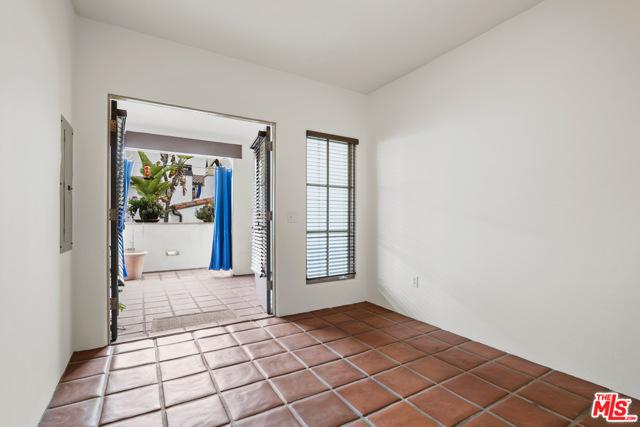 11. 1414 N Harper Avenue #6 West Hollywood, CA 90046