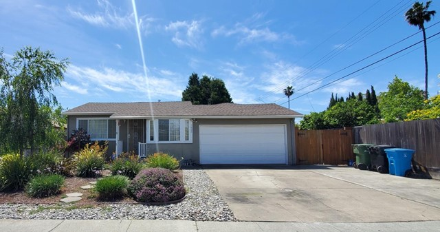 Photo of 1602 Eisenhower Drive, Santa Clara, CA 95054