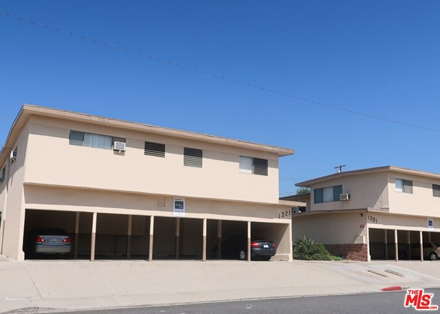 1301 College View Drive, Monterey Park, California 91754, ,Residential Income,For Sale,College View,20652146