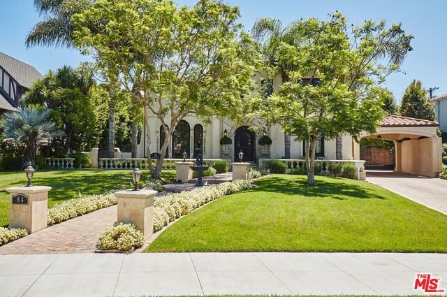 84 FREMONT Place, Los Angeles, CA 90005