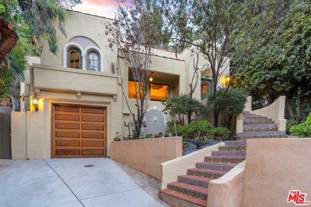 8061 Woodland Lane, Los Angeles, CA 90046