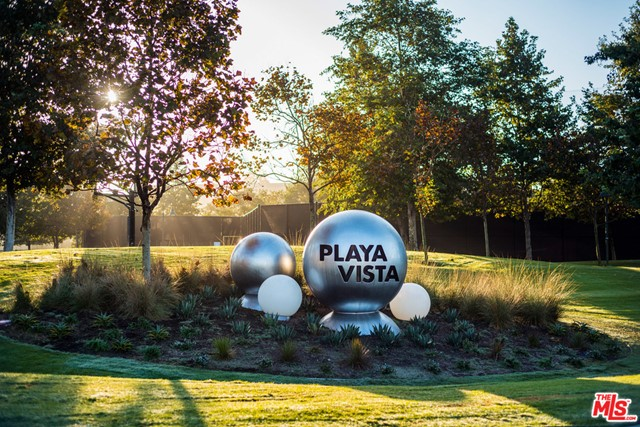 12655 Bluff Creek Dr, Playa Vista, CA 90094 Photo 24