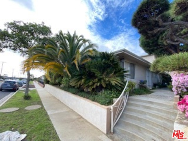 5115 W 58TH Place, Los Angeles, CA 90056