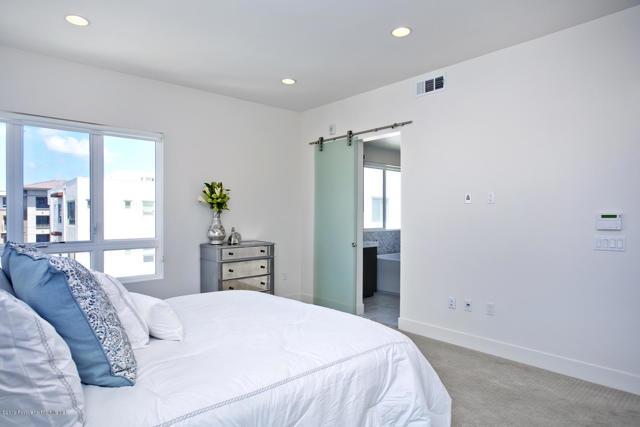 12500 Osprey Ln, Playa Vista, CA 90094 Photo 10