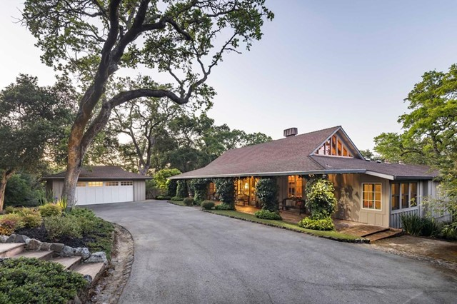 4 Grove Court, Portola Valley, CA 94028