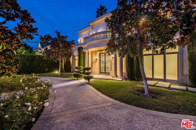 Photo of 720 N Bedford Drive, Beverly Hills, CA 90210