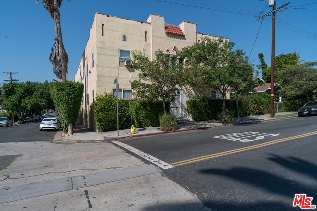 1001 HYPERION Avenue, Los Angeles, CA 90029