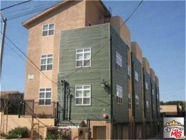 11809 HAMLIN Street 1, North Hollywood, CA 91606