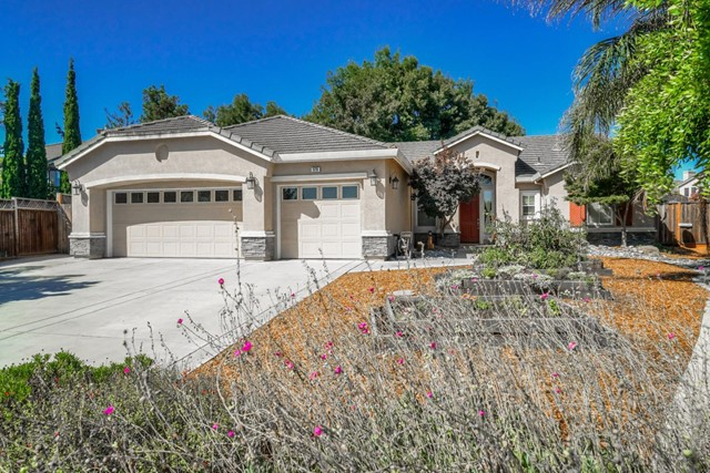 876 Covey Court, Hollister, CA 95023