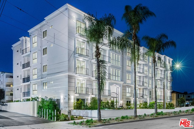 Welcome to the Regency Holt, a brand new construction complex in the the Pico-Robertson Neighborhood. This corner PENTHOUSE unit has 2 outdoor balconies and is conveniently located in the Southwest of the building near the elevator and has 10-foot ceilings, an open concept kitchen, and a large combined living room and dining room. The floors are grey wide plank oak with a slight hint of blue hues. There is a powder room for guests and 3-bedroom suites. The master bedroom has its own private master bathroom and a walk-in closet. New construction, with energy-efficient insulation and Anderson double pane windows. Building Amenities include 22-Foot lobby entrance, Gym, bike storage, security cameras, and controlled access. This unit as well as other units in the building are available either short term (Furnished) or for one year leases. **A Must See**
