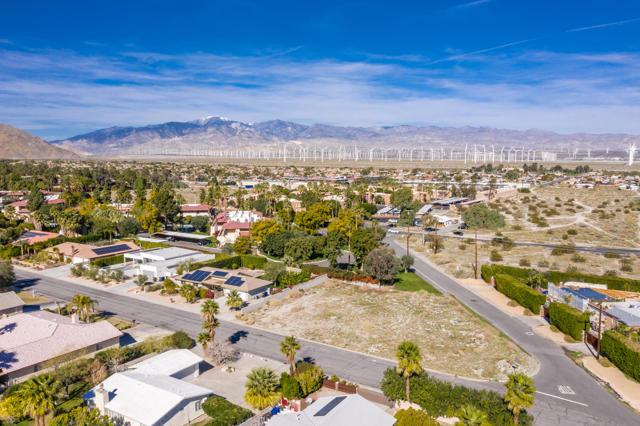 400 Santa Catalina Road, Palm Springs, CA 92262