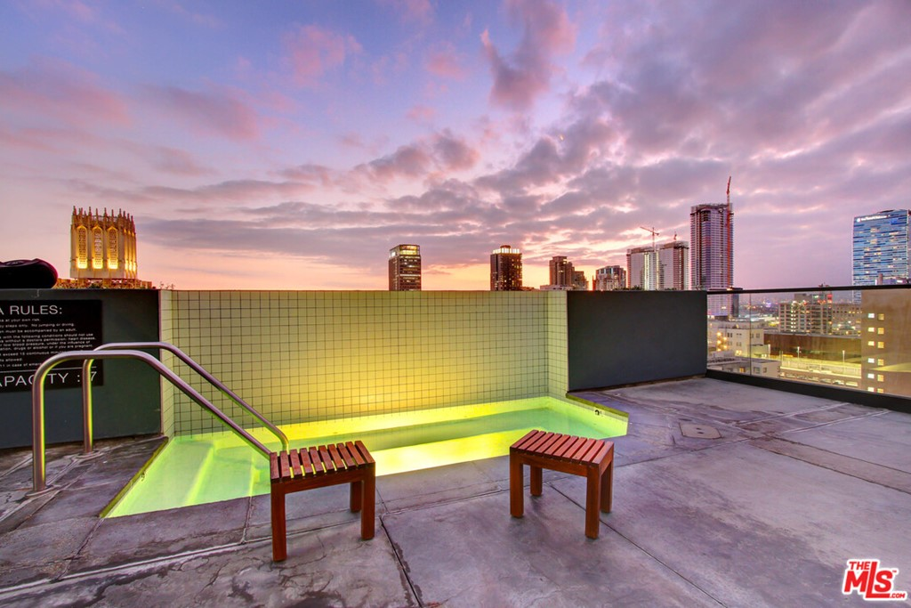 Roof Top Spa Night