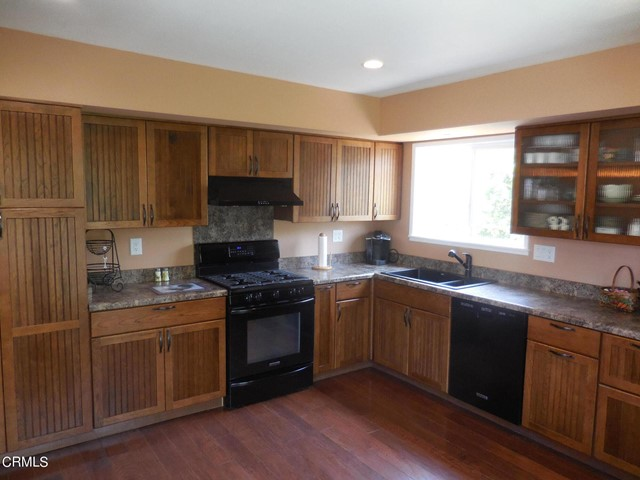 amherst kitchen full view