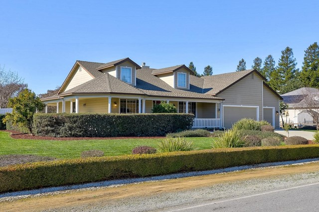 10631 4th Street, Gilroy, CA 95020