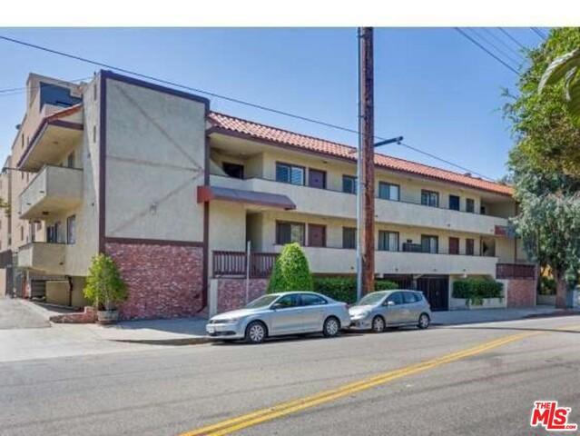11574 OHIO Avenue 204, Los Angeles, CA 90025
