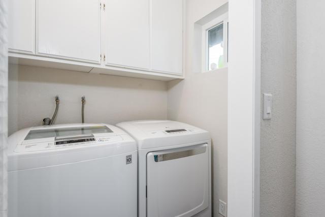 016_16-Laundry