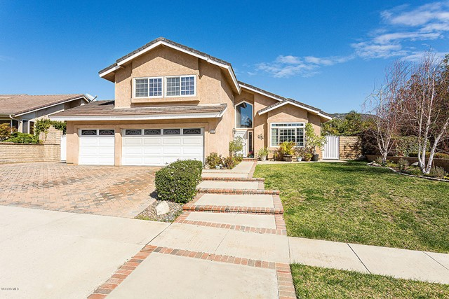 3162 Crazy Horse Drive, Simi Valley, CA 93063