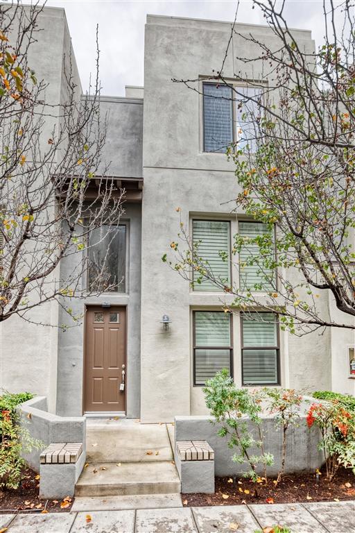 8248 Lemon Ave, La Mesa, CA 91941