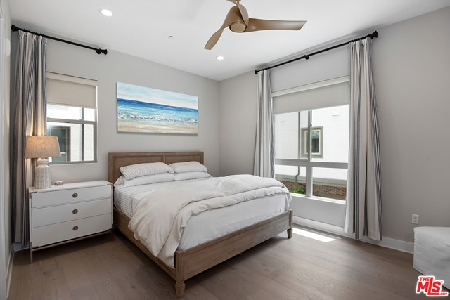 12715 W Seabeach Pl, Playa Vista, CA 90094 Photo 11