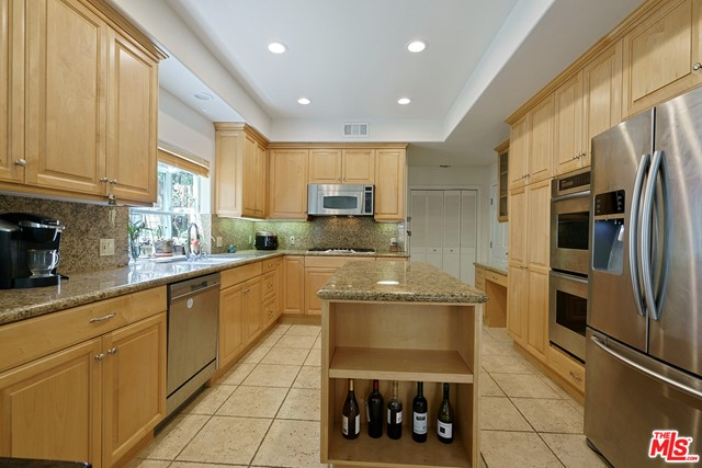 12. 3110 Foothill Drive Thousand Oaks, CA 91361