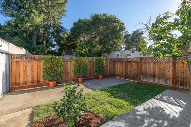 24. 124 Oak Court Menlo Park, CA 94025