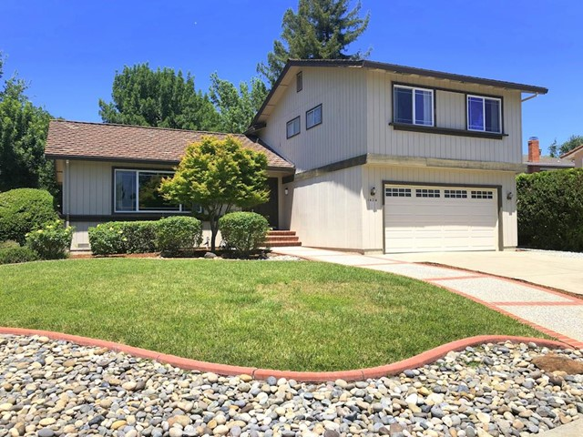 1424 Via Del Los Grande, San Jose, CA 95120