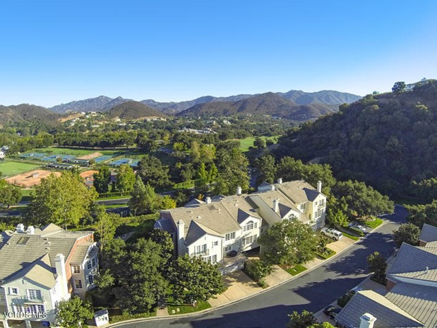 Photo of 2454 Swanfield Court, Thousand Oaks, CA 91361