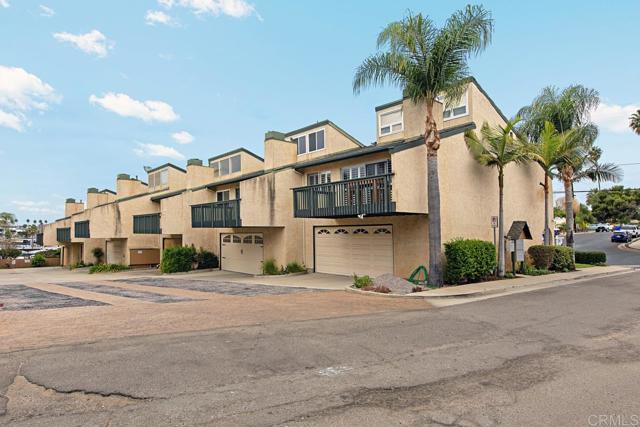 1411 La Salina St, Oceanside, CA 92054